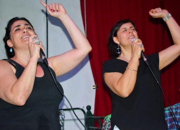 En la noche del sábado 11 de noviembre, tal y como estaba previsto, se realizó la presentación musical del grupo Aire Rama en las instalaciones del Almacén de la Cultura.