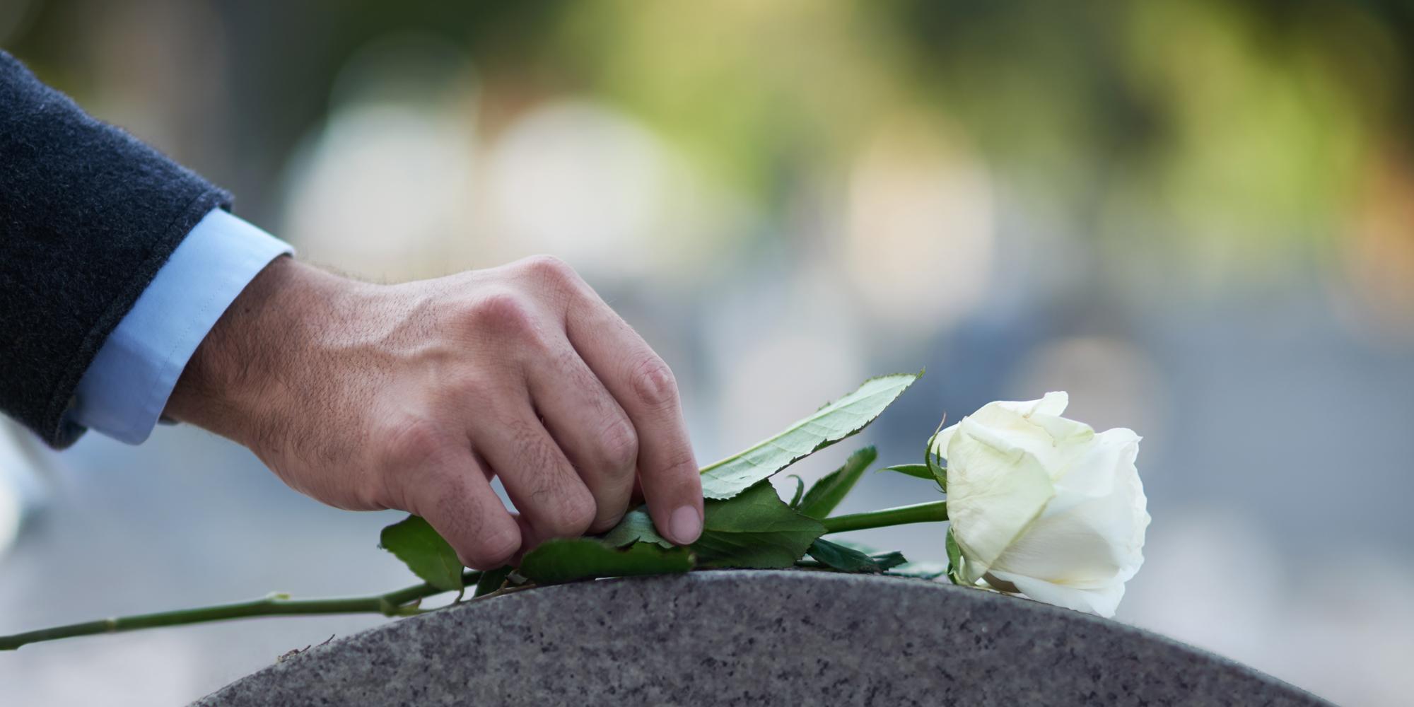 Falleció el 06/07/2019 a los 74 años de edad. Sus restos recibieron sepultura el 06/07/2019  a las 17 horas en el Cementerio Parque el Prado.