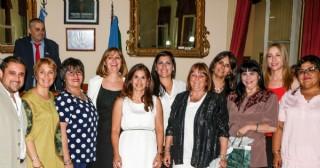 Reconocimiento a trabajadoras del Concejo por sus 25 años de labor