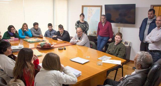 Ayuda económica a misioneros colonenses