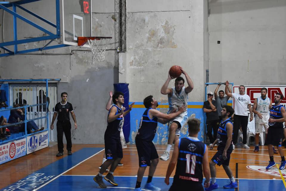 """Las Águilas vencieron el viernes pasado por la noche en el """"Cholo"""" Vanola a Sports de Pergamino por 71 – 59, en el cierre de la séptima fecha del Torneo Apertura."""