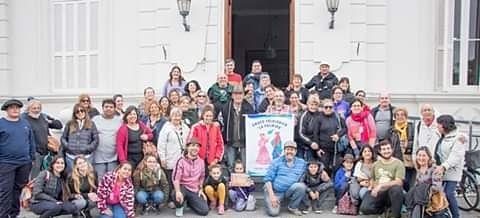 "Grupo La Palmira en la ""Marcha de los Bombos"""