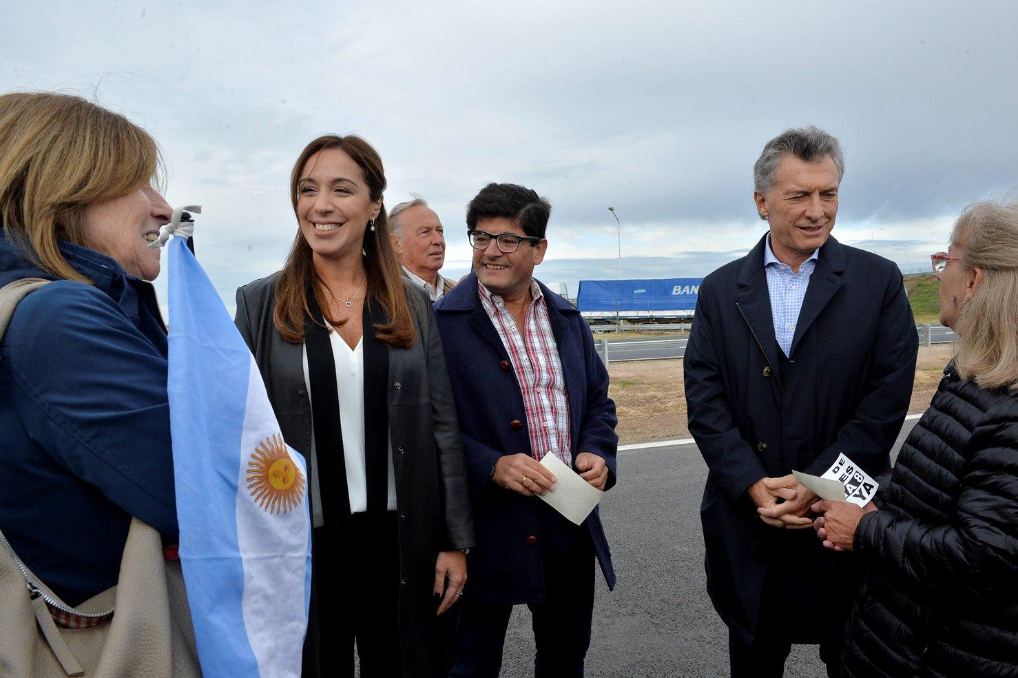 La gobernadora de la provincia de Buenos Aires, María Eugenia Vidal, y el presidente Mauricio Macri recorrieron este martes por la mañana un nuevo tramo de la autopista Pilar-Pergamino, a la altura del partido bonaerense de San Andrés de Giles.