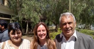 Ricardo Casi y Cecilia Menéndez en la firma de convenio escolar