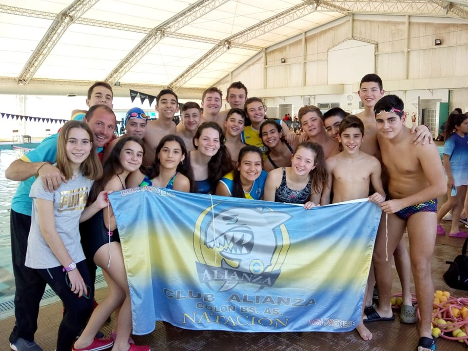 Diez nadadores a Mar del Plata