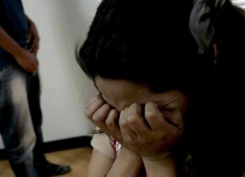 La fotografía es meramente ilustrativa. El hombre abusó de la hija de su ex pareja y de su propia hija.