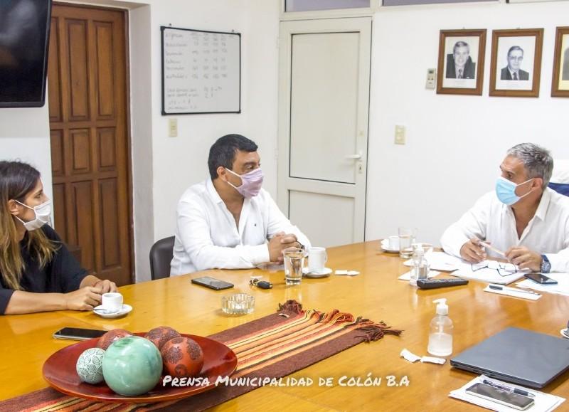Mantuvieron conversaciones sobre la contribución de la entidad gremial en la emergencia.