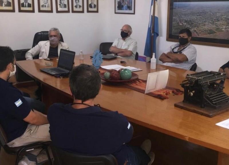 Ricardo Casi dialogó con los Bomberos Voluntarios sobre las actividades que llevan a cabo.