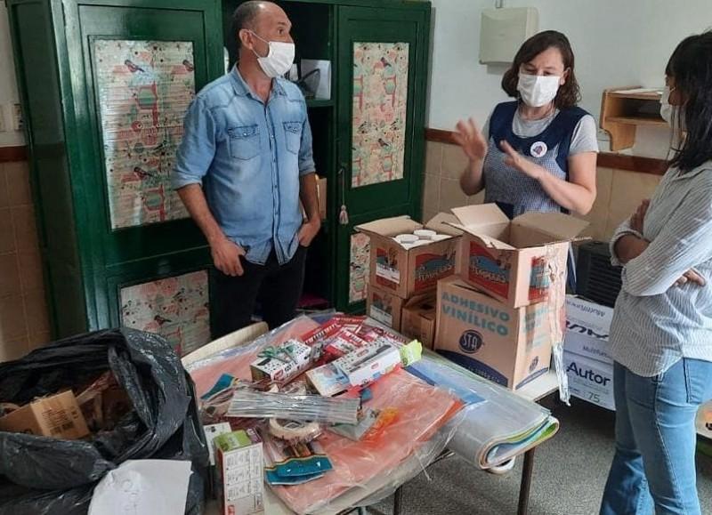 El objetivo fue entregar artículos de librería para el desarrollo de sus actividades.
