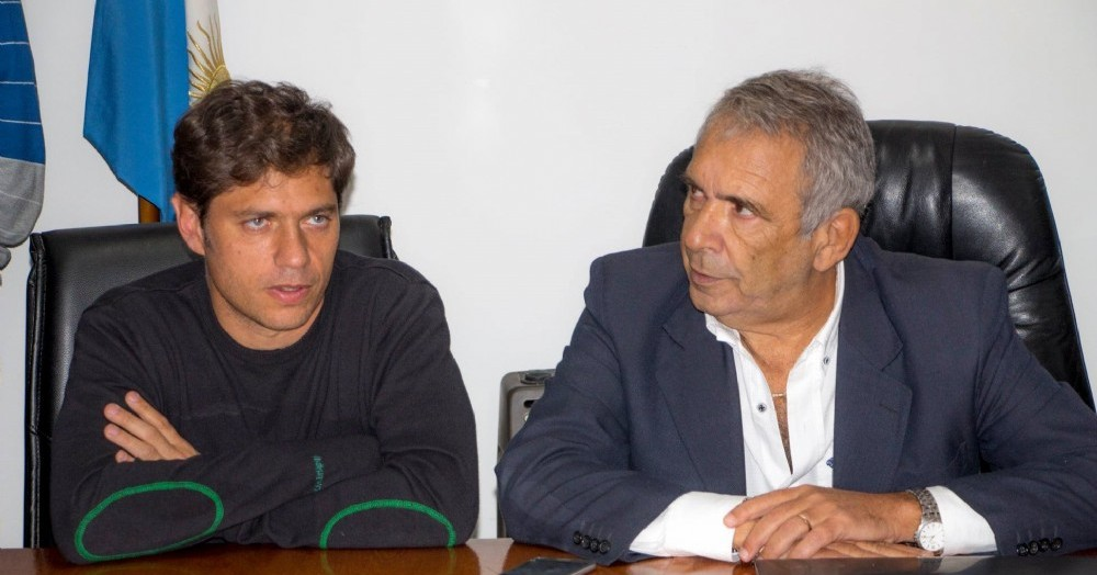 El gobernador bonaerense Axel Kicillof y el intendente colonense, Ricardo Casi.