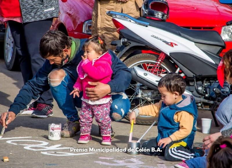 En el marco de los festejos de la Semana de las Infancias, en el Jardín Maternal Personitas se realizó la cuarta actividad de la semana enmarcada en los derechos de los niños y niñas.