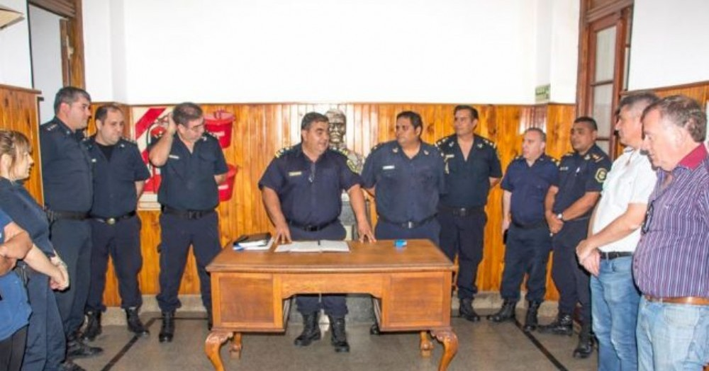 Acto en la Estación Policial Colón.