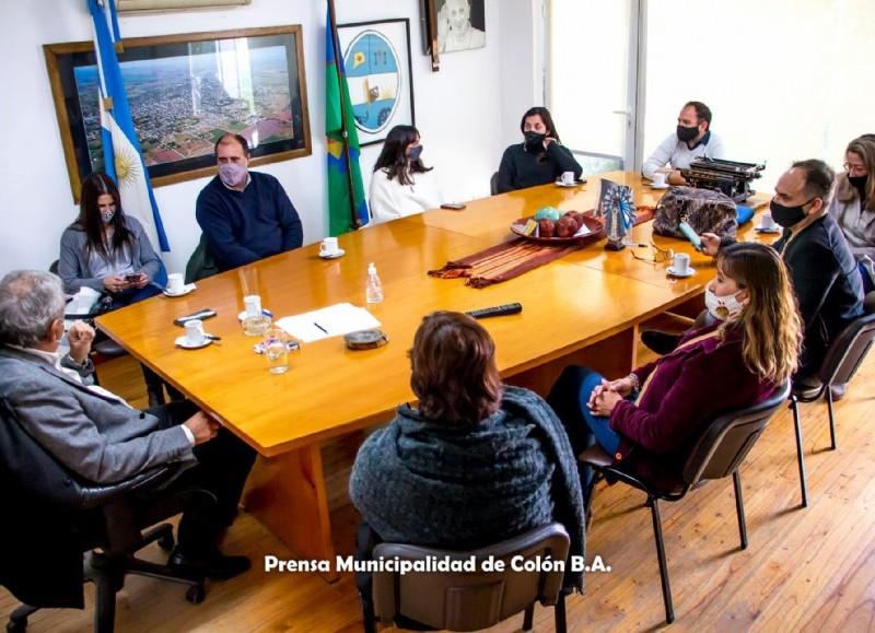 Arribó a la Municipalidad, Marcelo Hernández, director de Seguimiento de la Gestión Territorial de la Dirección General de Cultura y Educación de la provincia de Buenos Aires.