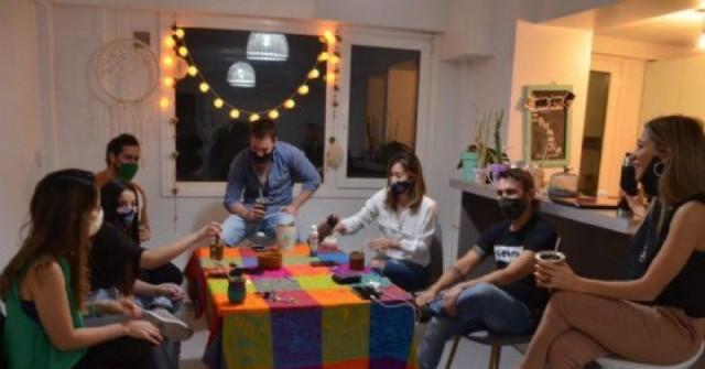 Rige la prohibición para las reuniones sociales en la ciudad