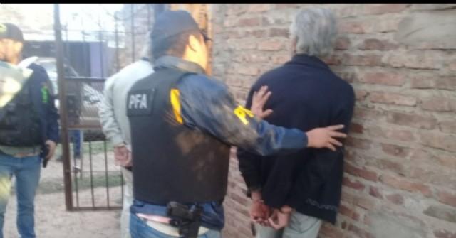 Tres pergaminenses detenidos por comercialización de drogas