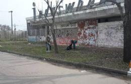 Labores en Avenida Eva Perón.