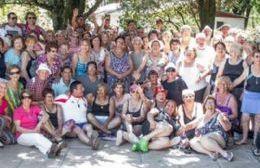 """""""Abuelos en Movimiento"""" comienza su temporada de colonia de vacaciones"""
