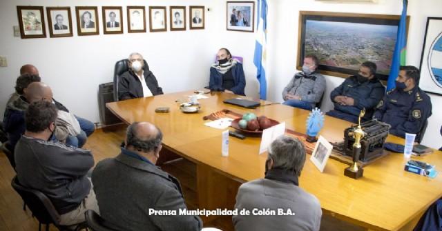 Autoridades municipales, judiciales y policiales se reunieron con vecinos