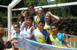 Actividad de los Tiburones de Alianza y carrera de Aguas abiertas