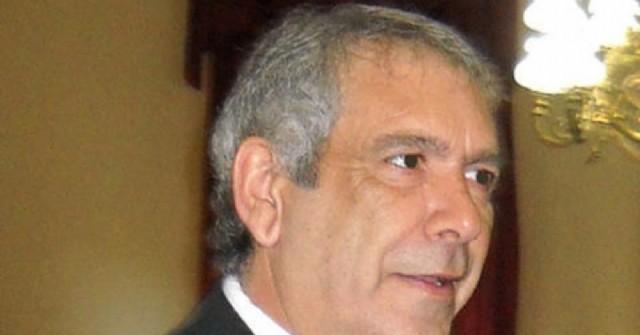 Ricardo Casi confirmó un tercer caso de Coronavirus y llevó calma a los vecinos