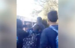 Escrache al profesor (captura de video).