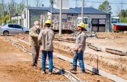 La Municipalidad de Colón informó que siguen adelante la obra de cordón cuneta en barrio Nacional.