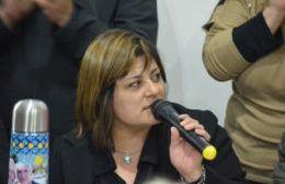Precandidata a consejera escolar por el Frente de Todos.