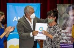 Fernanda Raverta estuvo en la ciudad y fue recibida en la sede de la ANSES por el intendente Ricardo Casi.